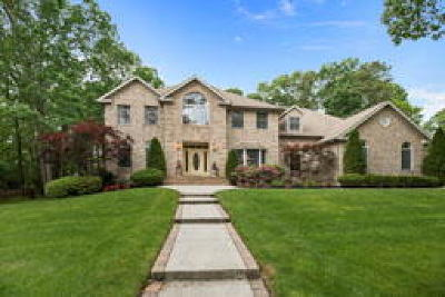 Single Family Home ACTIVE: 11 Edelweiss Lane