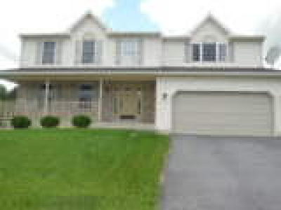 Sinking Spring Single Family Home ACTIVE: 13 Roxberry Drive