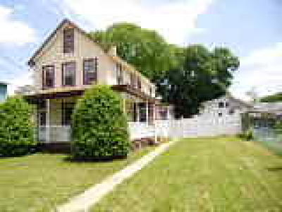 Roebling Single Family Home ACTIVE: 566 Delaware Avenue