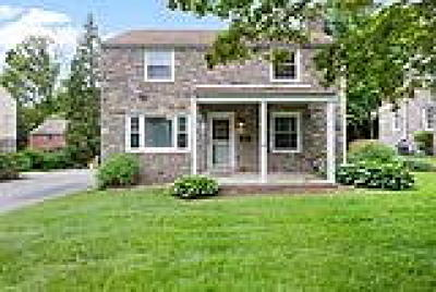 Bryn Mawr Single Family Home ACTIVE: 22 Lowrys Lane