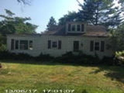 Monroe Twp Single Family Home ACTIVE: 2058 Broadlane Road