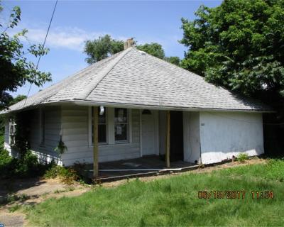Mantua Single Family Home ACTIVE: 446 Main Street