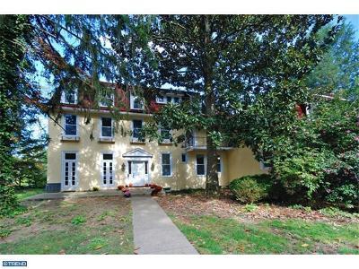 Edgewater Park Single Family Home ACTIVE: 137 Warren Street