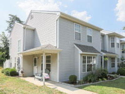 Mantua Condo/Townhouse ACTIVE: 130 Pendragon Way