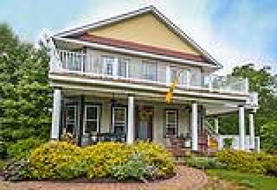 Point Pleasant PA Single Family Home ACTIVE: $525,000