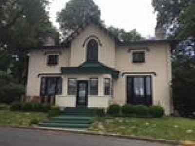 Burlington Single Family Home ACTIVE: 180 Riverbank