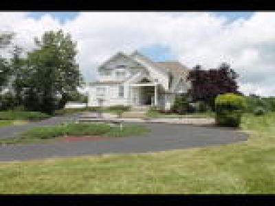 Single Family Home ACTIVE: 695 Passer Road