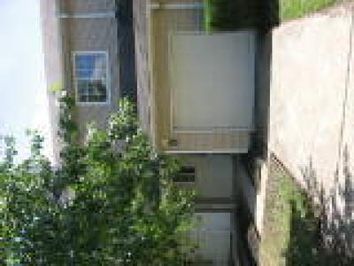 Mount Holly Condo/Townhouse ACTIVE: 23 Regency Drive