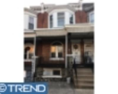 Condo/Townhouse ACTIVE: 5314 Race Street