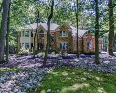 West Windsor Single Family Home ACTIVE: 4 Partridge Run