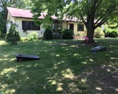 DE-Kent County Single Family Home ACTIVE: 121 Conks Lane