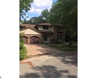 Marlton Single Family Home ACTIVE: 8 Canterbury Court