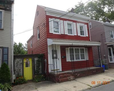 Bordentown Single Family Home ACTIVE: 163 2nd Street