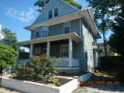Woodbury Single Family Home ACTIVE: 34 Aberdeen Place