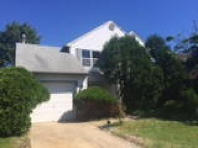 Gloucester Twp, Sicklerville Single Family Home ACTIVE: 7 Chapel Circle