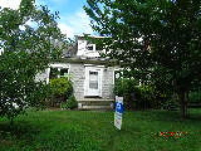 Hainesport Single Family Home ACTIVE: 109 Pennsylvania Avenue
