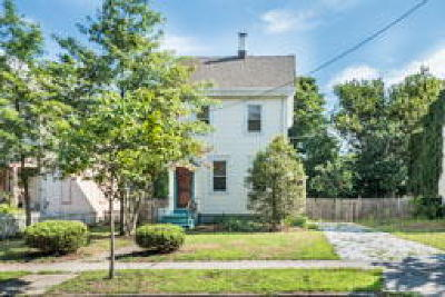 Riverton Single Family Home ACTIVE: 617 Cinnaminson Street