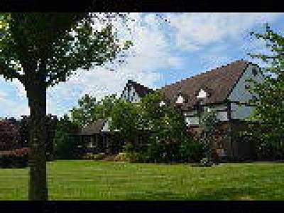 Westampton Single Family Home ACTIVE: 15 Roberts Drive