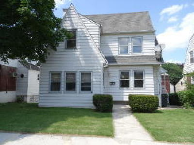Single Family Home ACTIVE: 2537 Cumberland Avenue