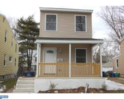 Palmyra Single Family Home ACTIVE: 607 W 6th Street
