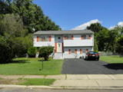 Westampton Single Family Home ACTIVE: 107 Stratton Drive