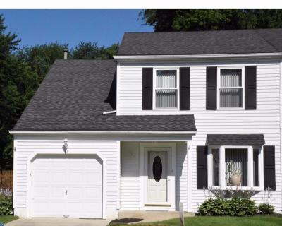 Gloucester Twp, Sicklerville Single Family Home ACTIVE: 67 Woodmill Drive