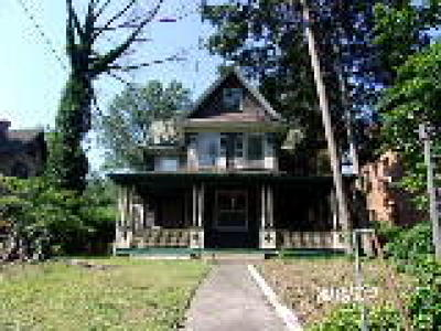 Woodbury Single Family Home ACTIVE: 311 Cooper Street