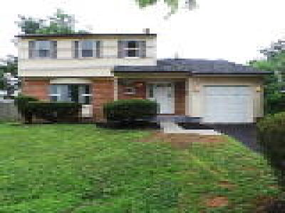 Beverly Single Family Home ACTIVE: 218 Regency Road