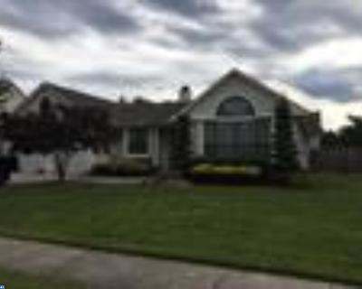 Glassboro Single Family Home ACTIVE: 11 Charles Iii Drive