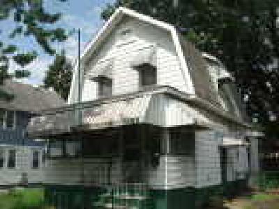 Pennsauken Single Family Home ACTIVE: 7119 Woodland Avenue