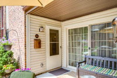 Edgewater Park Condo/Townhouse ACTIVE: 1475 Mount Holly Road #M6