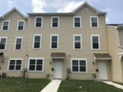 Oxford Condo/Townhouse ACTIVE: 263 S 4th Street