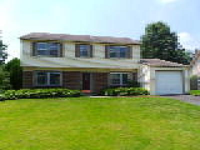 Willingboro Single Family Home ACTIVE: 10 Mayfair Circle