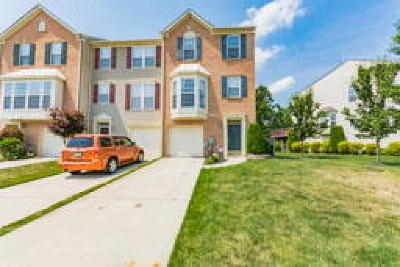 Gloucester Twp, Sicklerville Condo/Townhouse ACTIVE: 75 Colts Neck Drive