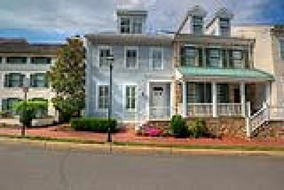 PA-Bucks County Condo/Townhouse ACTIVE: 38 W Mechanic Street