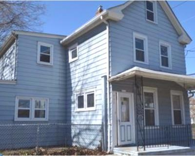 Beverly Single Family Home ACTIVE: 401 Magnolia Street