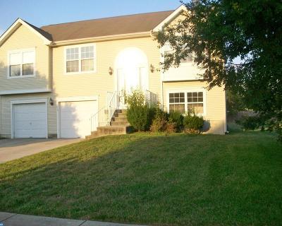 Single Family Home ACTIVE: 815 Dawn Lane