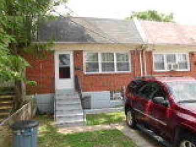 Camden Condo/Townhouse ACTIVE: 2435 Wainwright Street