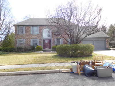 Mount Laurel Single Family Home ACTIVE: 31 Periwinkle Drive