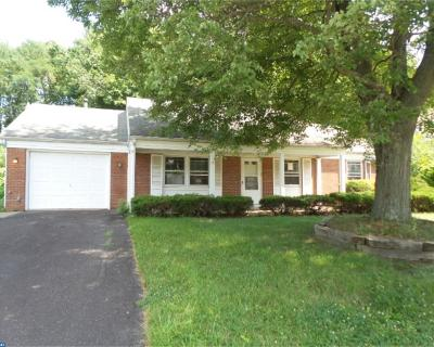 Willingboro Single Family Home ACTIVE: 8 Executive Lane