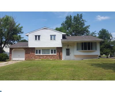 Single Family Home ACTIVE: 33 Cornell Drive