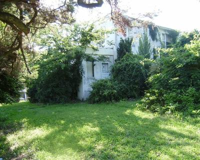 Gloucester Twp Single Family Home ACTIVE: 132 Hickstown Road