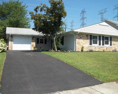 Willingboro Single Family Home ACTIVE: 60 Hasting Lane