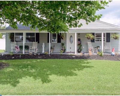 Levittown Single Family Home ACTIVE: 49 Shadetree Lane