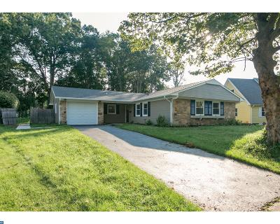 Willingboro Single Family Home ACTIVE: 118 Hazelwood Circle