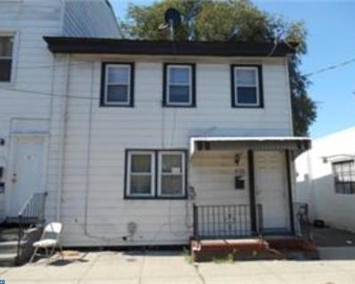 Burlington Single Family Home ACTIVE: 406 York Street