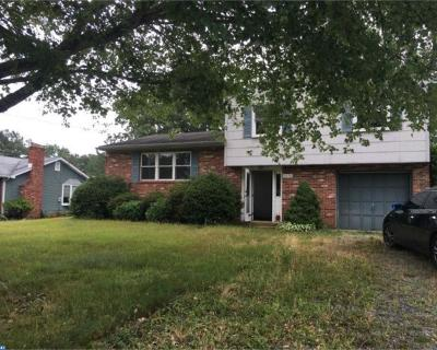 Waterford Twp Single Family Home ACTIVE: 2058 Hendricks Avenue