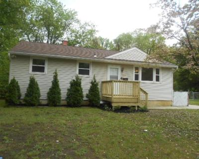 Lindenwold Single Family Home ACTIVE: 806 Bentley Road
