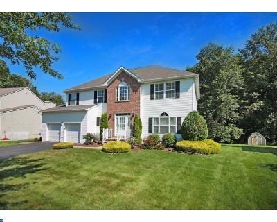 East Windsor Single Family Home ACTIVE: 224 Oak Creek Circle