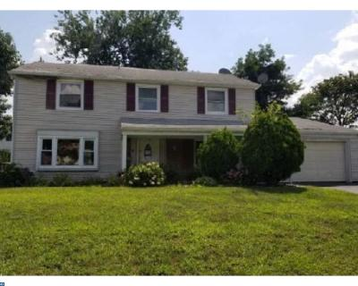Willingboro Single Family Home ACTIVE: 137 Pennypacker Drive
